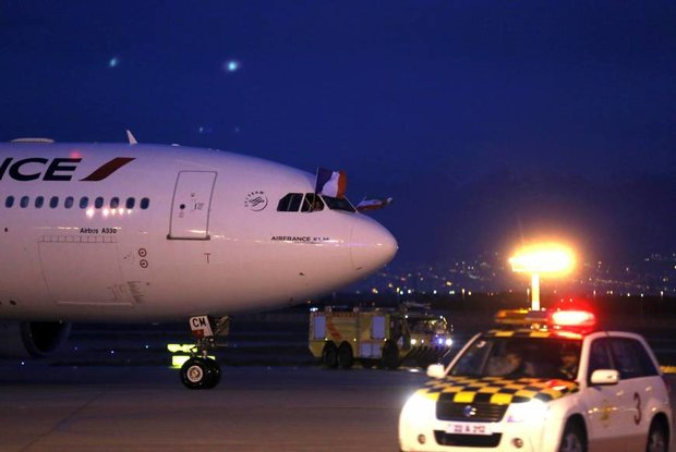 First Air France flight lands in Tehran after 8 years