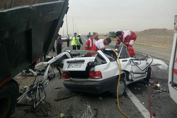 تصادف رانندگی قم، تصادف پراید، تصادف کامیون