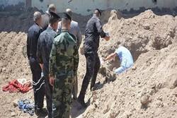 فیلم/کشف یک گور دسته جمعی در فلوجه عراق