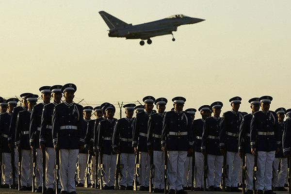 الجيش السعودي أموال ضخمة وقيادات فاشلة