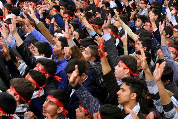 دیدار اعضای انجمنهای اسلامی دانشآموزان با رهبر انقلاب