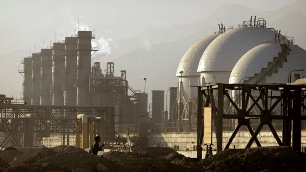 Iran, China sign petrochemical plant construction - Mehr