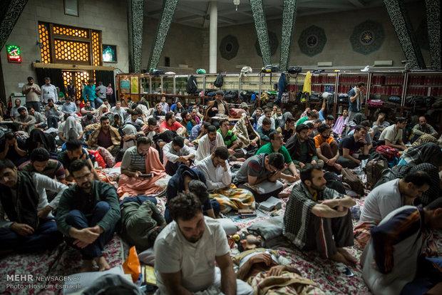 مراسم اعتكافالمعنوية في جامعة طهران