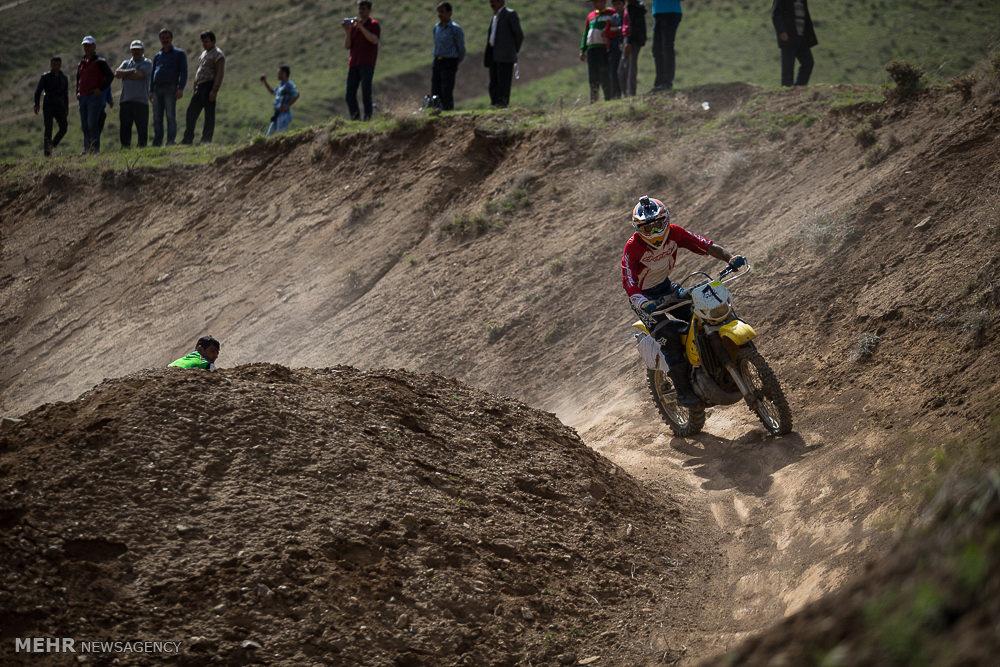 مسابقات موتور کراس قهرمانی کوهستان
