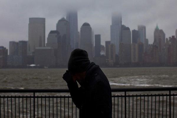 امریکہ میں سفید فام امریکیوں میں خودکشی کرنے کے رجحان میں اضافہ