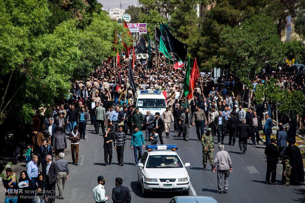 آئین تشییع پیکر محمدحسین حمزه شهید مدافع حرم