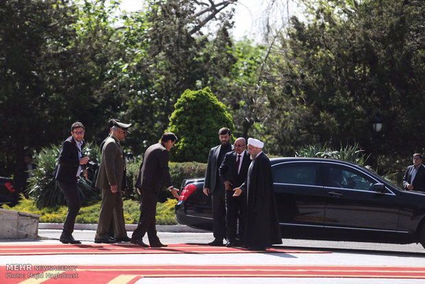 Zuma welcomed by Pres. Rouhani officially