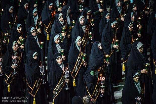 اقامة مراسم العزاء بمناسبة ذكرى استشهاد احمد موسى الكاظم في مدينة شيراز
