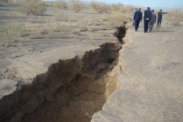 2060321 - کنکاشی درپرونده بحران دریاچه ارومیه؛چاههای آب متهم هستند یامجرم؟