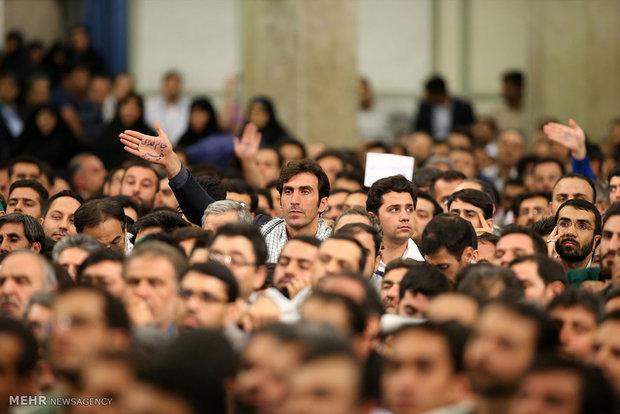 دیدار هزاران نفر از کارگران سراسر کشور با رهبر انقلاب