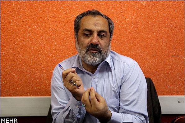 عماد افروغ در «دست خط» از حقوقهای نجومی صحبت میکند