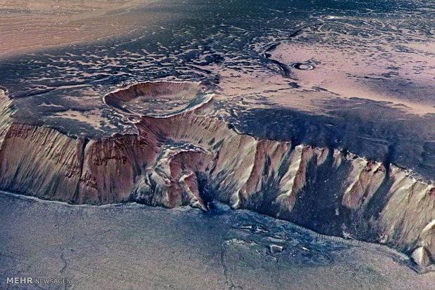 سطح سیاره مریخ