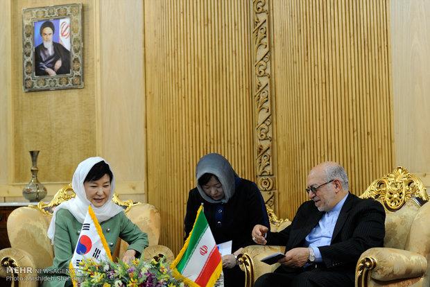 ورود رئیس جمهور کره جنوبی به ایران