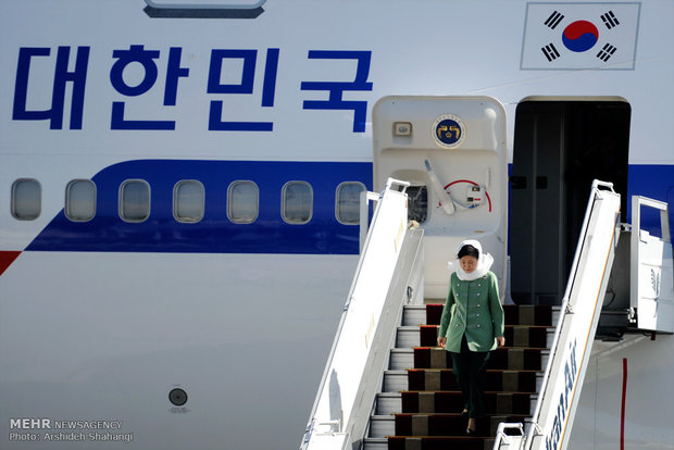 South Korean president arrives in Iran