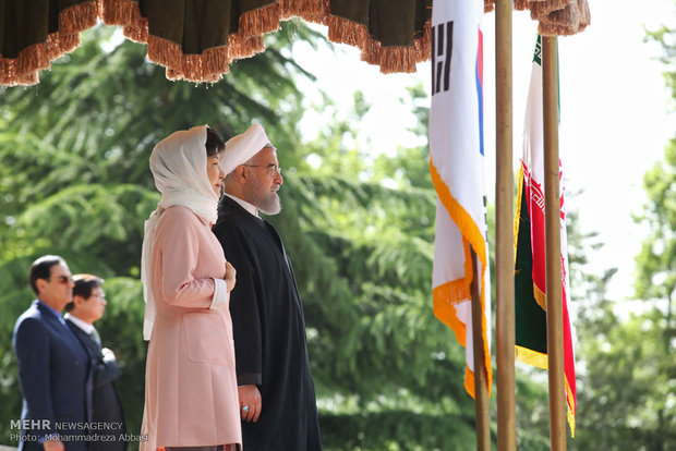 S Korean pres. officially welcomed in Iran