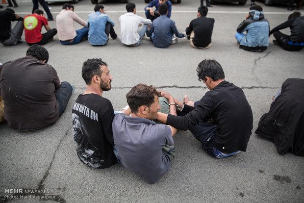 دستگیری سارقان در پایتخشالقاء القبض على سارقي العاصمة الايرانية طهرانت