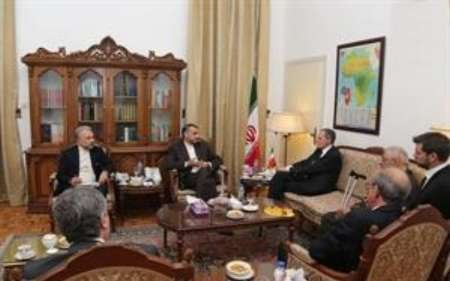 Iran, France oppose hostile approach to Syrian crisis