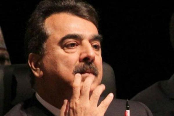 نیب نے سابق وزیراعظم یوسف رضا گیلانی کے خلاف ریفرنس دائرکردیا