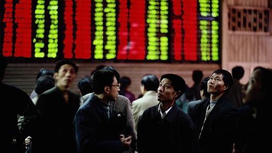 أسواق الخليج تتراجع والسعودية ودبي الأشد تضررا