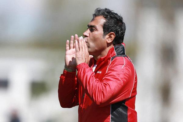 Hadi Mahdavikia says Iranian clubs lack professionalism