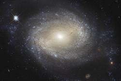 سیاهچاله ای ۲۰ میلیارد برابر بزرگتر از خورشید کشف شد