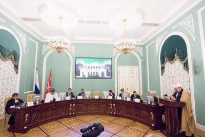 کنفرانس «اسلام و مسیحیت: پایبندی به سنت، وفاداری به روسیه»