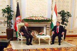 اشرف غنی مورد استقبال رسمی رئیس جمهور تاجیکستان قرار گرفت