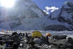 صعود به قله اورست
