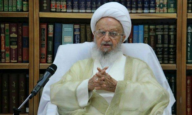آية الله مكارم الشيرازي هناك من يخطط ضد الحجاب فی ایران خارج البلاد