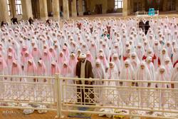۷۰۰ روحانی برای برگزاری نماز جماعت در مدارس زنجان فعالیت می کنند