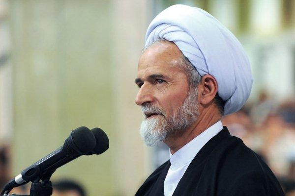 دشمن قادر به قرار دادن ملت ایران در برابر یکدیگر نیست