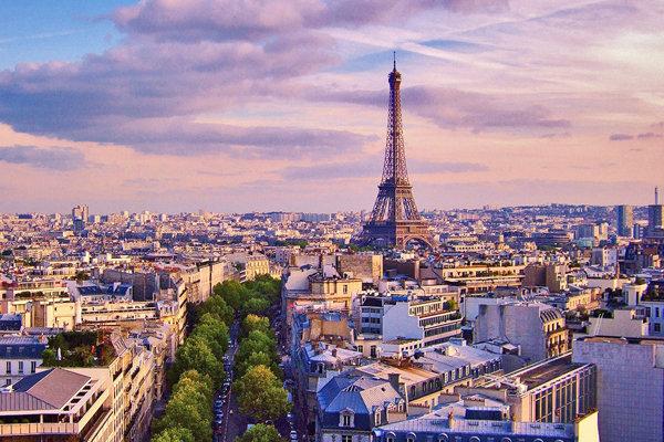 فرانسه در صدر کشورهای محبوب گردشگران قرار گرفت