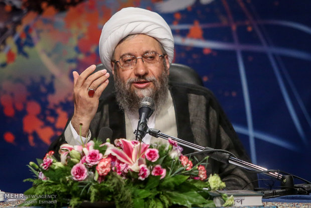 رئيس السلطة القضائية: أمريكا كانت تأمل في اخضاع ايران بعد الإتفاق النووي