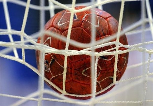 Iranian handball players win first match in Asian c'ships