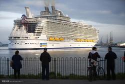 دنیا کی سب سے بڑی تفریحی کشتی