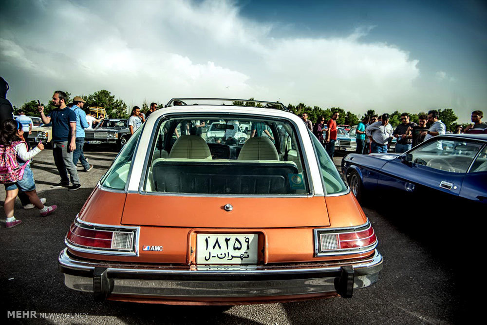 Mehr News Agency - Classic cars collection in Tehran
