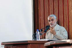 اللواء سليماني: استقرار الجمهورية الإسلامية مدين للتوجيهات الحكيمة لقائد الثورة الإسلامية