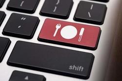فروش اینترنتی، تقابل واسطههای سنتی با روشهای نوین