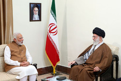 Leader receives Indian PM and Afghan President