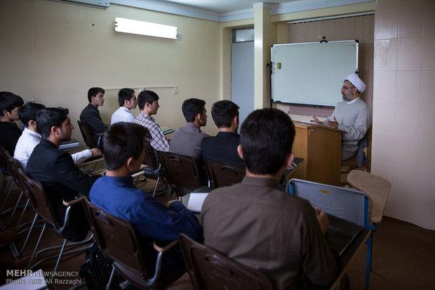 امکان حضور اساتید صدا و سیما در حوزه علوم اسلامی فراهم می شود