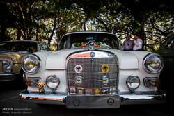 نمایشگاه ماشین های قدیمی و جدید مرسدس بنز در ایران