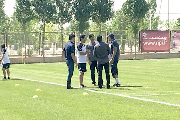 کریم باقری در تمرین تیم ملی فوتبال
