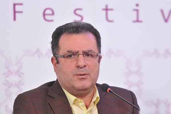 محمود گبرلو اولین مجری کارشناس نقد فیلمهای شبکه چهار شد