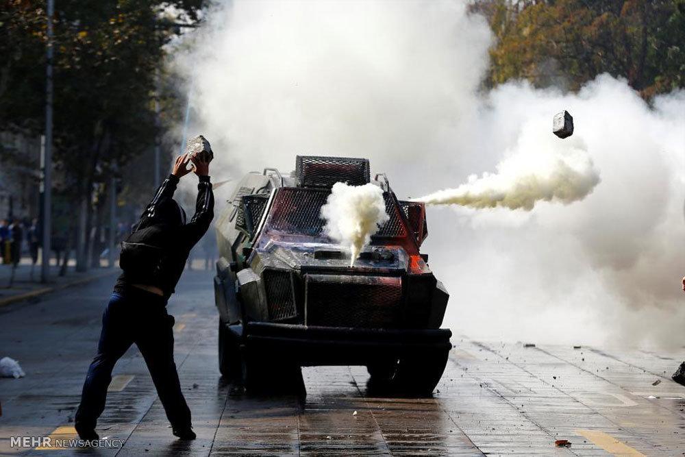 تشدید درگیری دانشجویان شیلیایی با پلیس