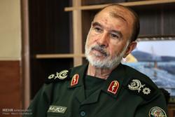 باید از تجارب دفاع مقدس برای حل مسائل استفاده کنیم/ دشمنان علیه ملت ایران بسیج شدهاند