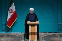 Rouhani unveils 'largest industrial complex' in western Iran