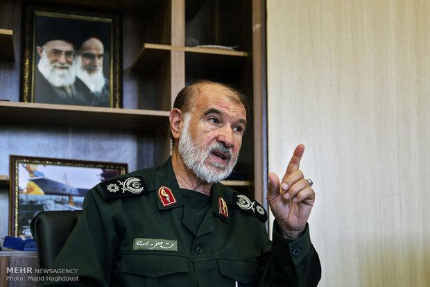ایده حاج قاسم برای ارتش سوریه/سلیمانی جلوی آمریکا کوتاه نمیآمد