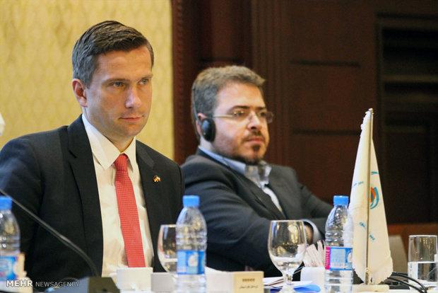 Iranian, German officials meet in Tehran