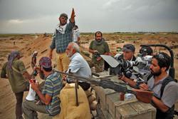 «ایستاده در غبار» را وقف آزادی حاج احمد متوسلیان میکنیم