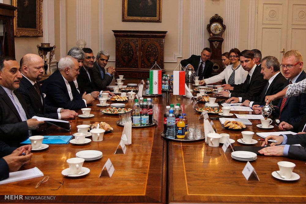 دیدار  وزیر امور خارجه با ایرانیان مقیم لهستان